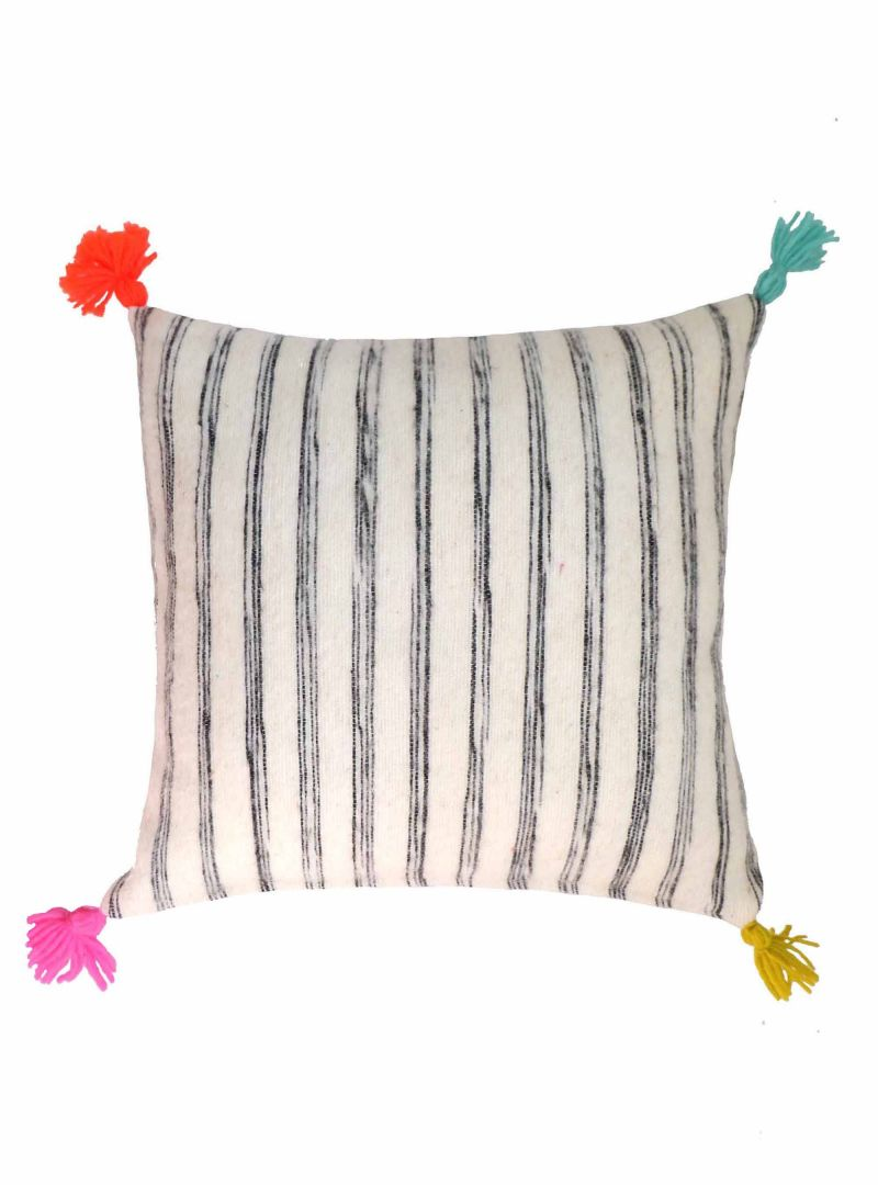 OUT OF STOCK - NEW ARRIVAL SEPT. 21 Striped cushion cover 50x50 cm