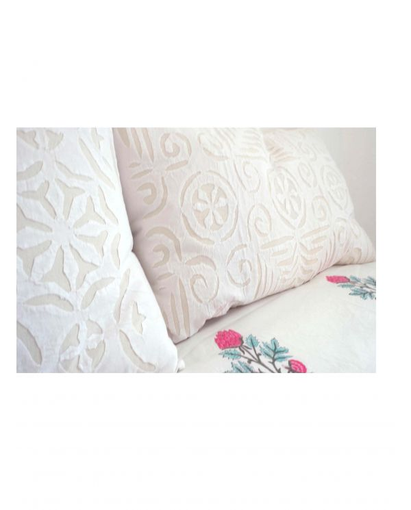 Floral bedcover / tablecloth