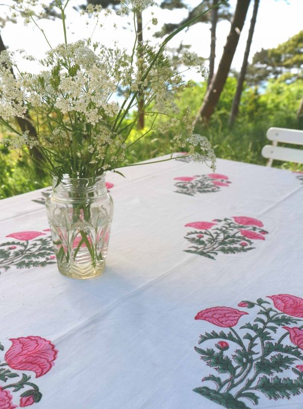 Floral tablecloth or bedspread no. 3